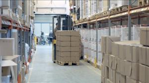 Truck i lagergång Åj Distribution